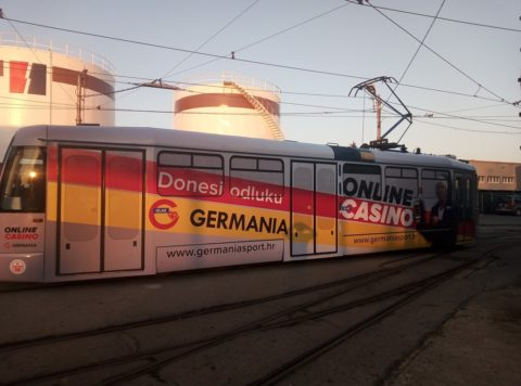 foto-oglasna-tram-12