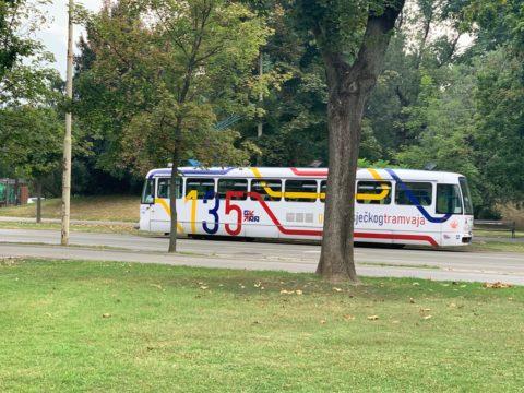foto-oglasna-tram-16